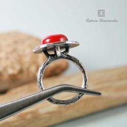 pierścionek z koralem,ze srebra,ręcznie wykonany - Pierścionki - Biżuteria