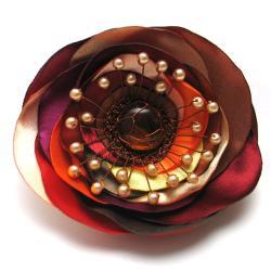 broszka,elegancka,kwiat,satyna,perełki,miedź - Broszki - Biżuteria