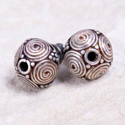 sztyfty,srebrne,nietuzinkowe,ażurowe - Kolczyki - Biżuteria