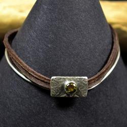bransoleta retro,z zielonym kamieniem, - Bransoletki - Biżuteria