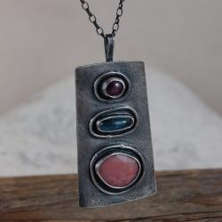 srebrny wisior z opalem,kyanitem,rubinem - Wisiory - Biżuteria
