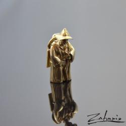 włóczykij,wisiorek,zahario,brąz - Wisiory - Biżuteria