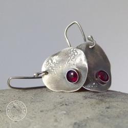 srebro,granat,surowe,owal,oksyda,oksydowane - Kolczyki - Biżuteria