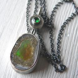 opal,z opalem,z łańcuszkiem,srebro oksydowane - Wisiory - Biżuteria