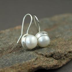 perły,kolczyki z perłami,srebro,klasyka,mini - Kolczyki - Biżuteria