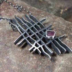 surowy,kuty,rubin - Wisiory - Biżuteria