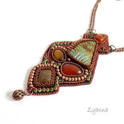 oryginalny,haft koralikowy,bajkowy - Naszyjniki - Biżuteria