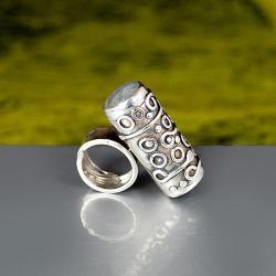 srebrna rura z labradorytami - Pierścionki - Biżuteria