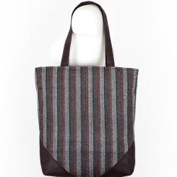 paski,shopper,prosta torba,czarne dodatki - Na ramię - Torebki