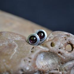 drobne wkrętki,wkrętki z granatem - Kolczyki - Biżuteria