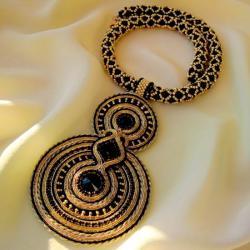 elegancki,kobiecy,misterny,unikat - Naszyjniki - Biżuteria