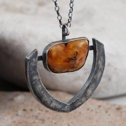 wisior z bursztynem - Wisiory - Biżuteria