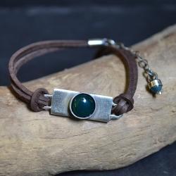 surowa bransoleta,z zielonym kamieniem - Bransoletki - Biżuteria