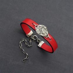 bransoletka,rzemień,srebrna,czerwona - Bransoletki - Biżuteria
