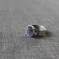 pleciona obrączka,oksydowane srebro,ametyst - Pierścionki - Biżuteria