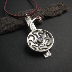 fiann,wisior,z rubinem,art clay - Wisiory - Biżuteria